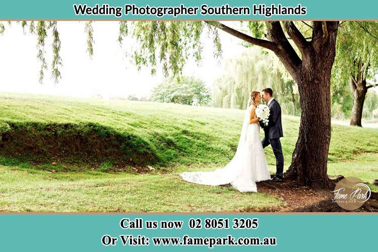 The Bride and the Groom In the lawn under the tree Southern Highlands
